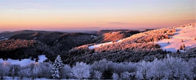 refuge du sotre hiver vosges montagne 640x262 2 - La Neige arrive, les vacances aussi !!